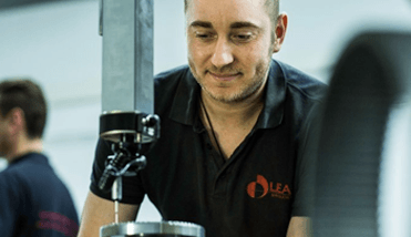 Medição e Testes - Leax do Brasil - Eixo Cardan, Usinagem, Montagens e Tratamento Térmico para a Indústria Automotiva