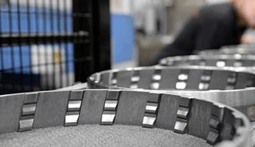 Usinagem CNC Soft e Hard- Leax do Brasil - Eixo Cardan, Usinagem, Montagens e Tratamento Térmico para a Indústria Automotiva